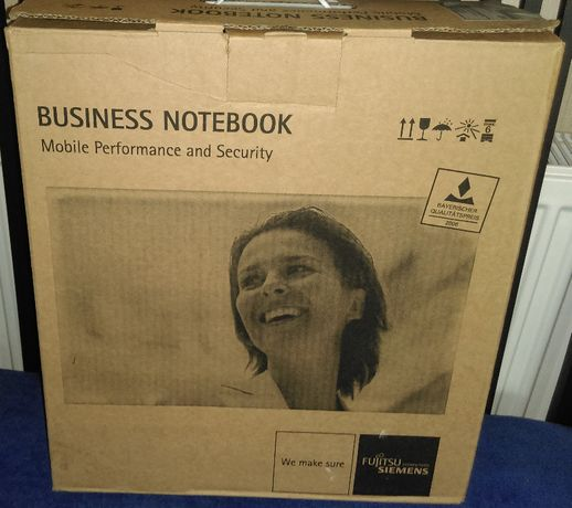 """Идеальный для дистанционки ноутбук 15.4"""" Fujitsu Siemens Esprimo."""