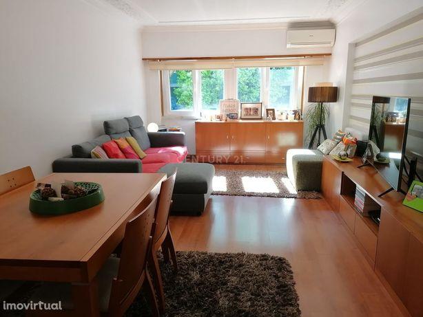 Apartamento T2 - Parque Salgueiro Maia