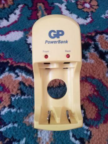 Срочно продам заряное устройсто для батареек