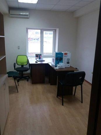 Сдается бюджетный компактный офис 16 м2 Берестейка в современном БЦ