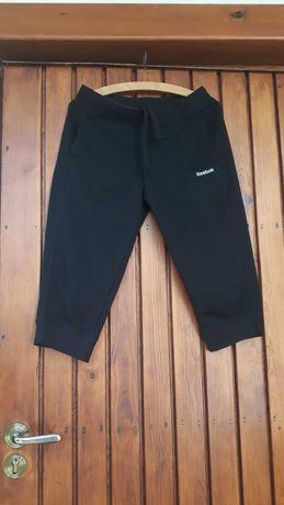 Czarne, sportowe spodnie Reebok