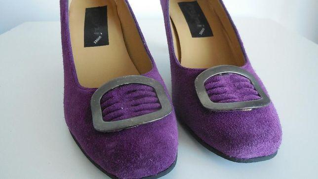 Sapatos Roxos, em pele - USADOS - Tamanho 39 (Cor Roxa - Lilás)