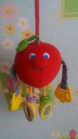 Подвеска на детскую кроватку, коляску. Яблоко с червячком Tiny Love.
