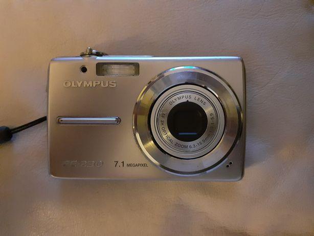 Maquina fotográfica olympus FE-230