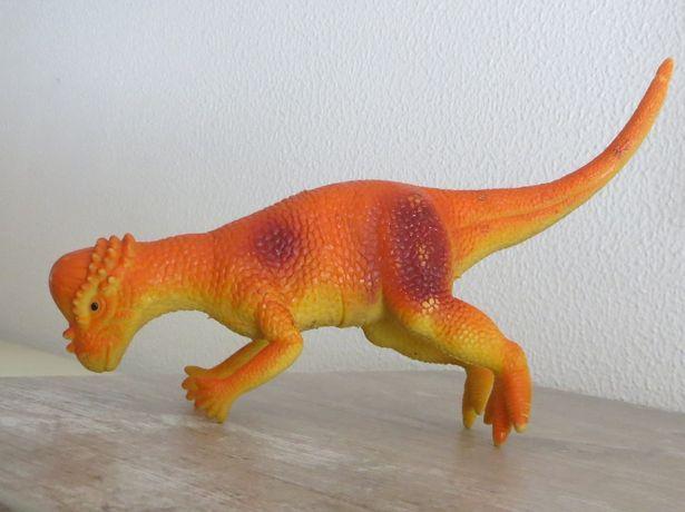 Relaxar c/ dinossauro grande e flexível. Não contem peças pequenas