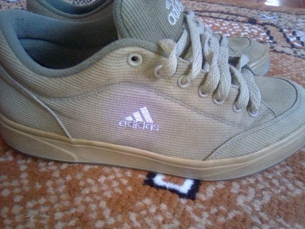 Туфли кроссовки Adidas р.41 не пересылаю