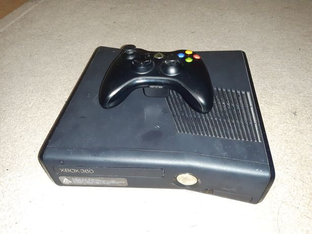 Xbox 360 250 gb.