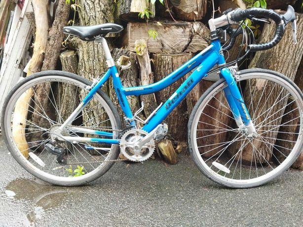 """Велосипед шоссейный алюминиевый GMC Denali 28"""" из США."""