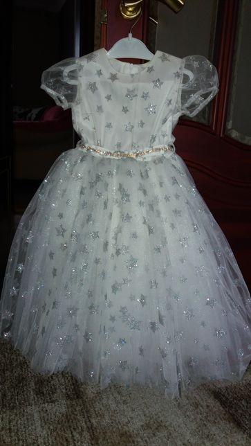 Новогоднее платье снежинжи