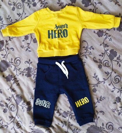 Спортивный костюм для малыша 3-6 месяцев