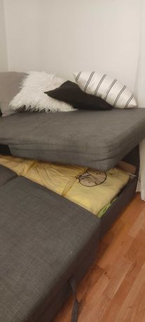 Narożnik Ikea z funkcją spania