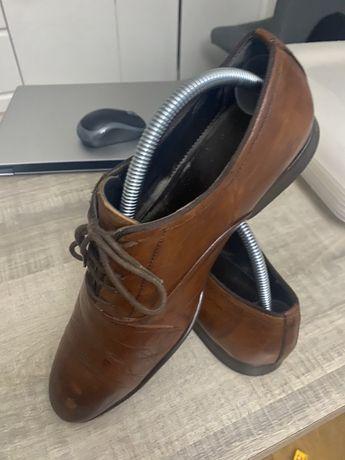 Buty meskie pantofle ZARA 42 brazowe eleganckie