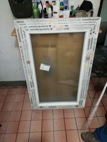 Nowe okno 75x120 cm z matową szybą