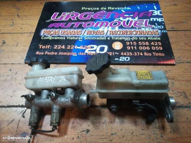 Hyundai  H1  ou Matrix - Bomba de Travões com Depósito de Óleo