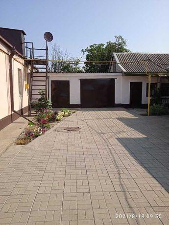 Продам дом в центре Песчанки