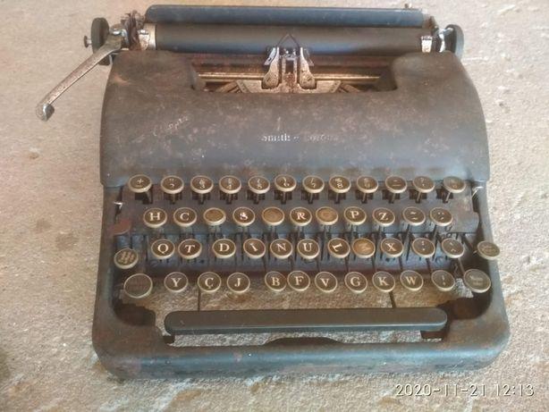 Maquina escrever L.C. Smith Corona (1946)
