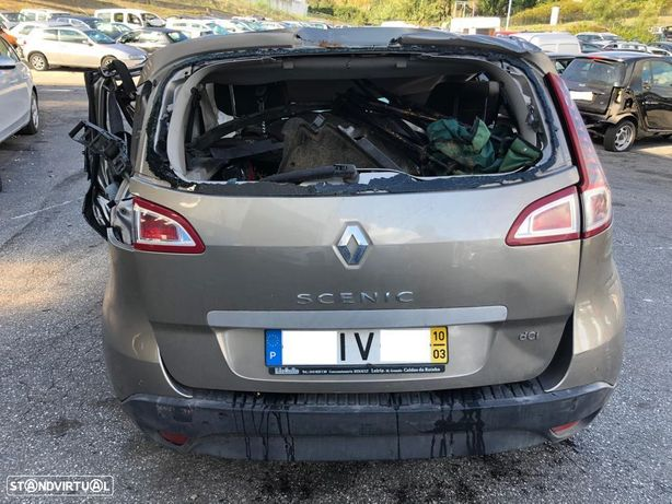 Renault Scénic III 1.5 DCI de 2010 para peças