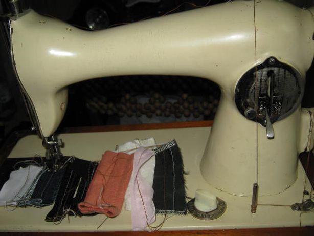 Продаю швейную машину ПМЗ тип Зингера