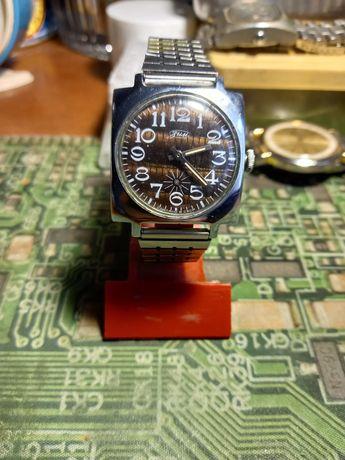 Часы Зим СССР отличные