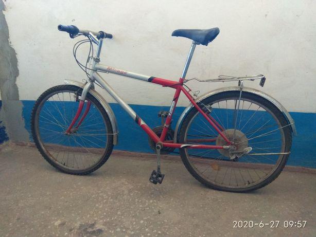 Дорожный велосипед.