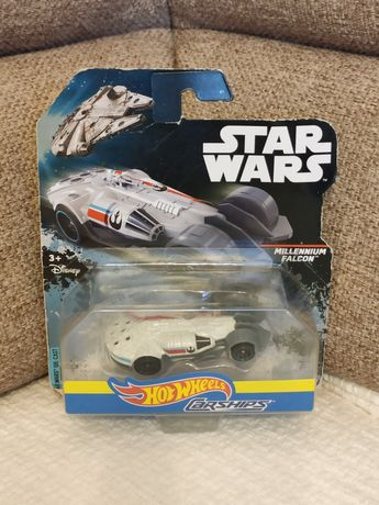 Nowy resorak auto HOT WHEELS carships Millennium Falcon Star Wars DPV2