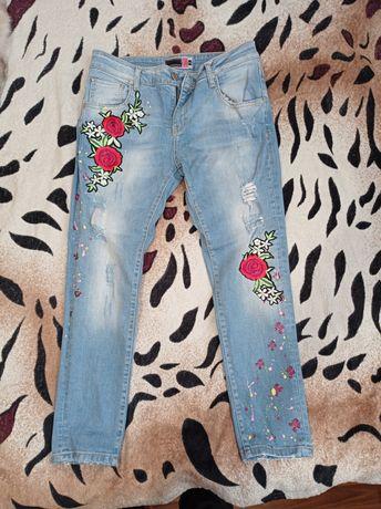 Продам джинси жіночі.