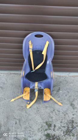 Fotelik na bagażnik rowerowy