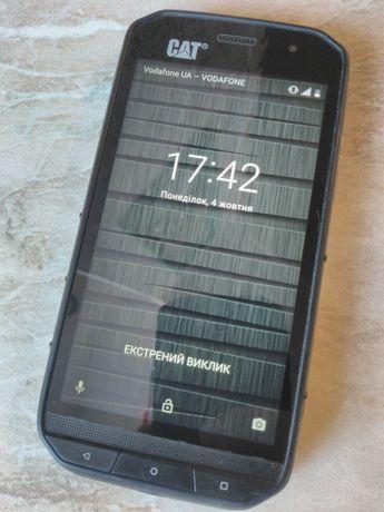 Смартфон CAT ip68 caterpillar s48c 4/64 состояние отличное