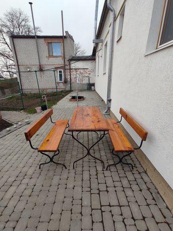 Лавочки со столиком