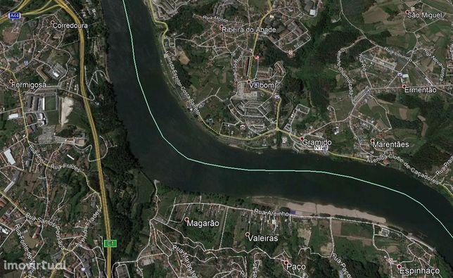 Quinta 13.080m2 com frente para o Rio Douro