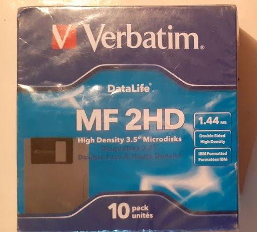 Новые в упаковке дискеты MF-2HD