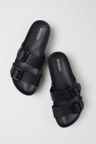H&M czarne wężowe klapki na platformie 40