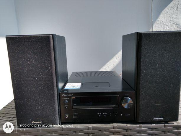 Odtwarzacz CD zestawu Pioneer X-HM30
