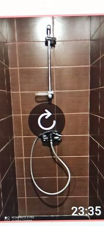 Продам стойку в ванную с лейкой краном шлангом.
