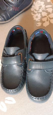 Sapato azul em pele n. 27
