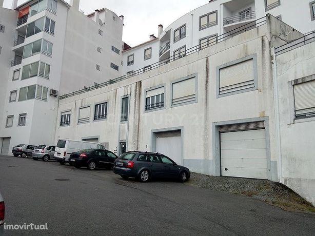 Loja, 164 m², Sé e São Lourenço