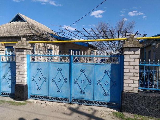 Продам дом в пгт Веселиново
