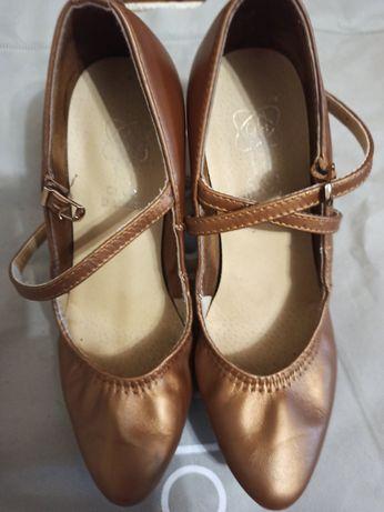 Туфлі стандарт для танців Туфли стандарт для танцев