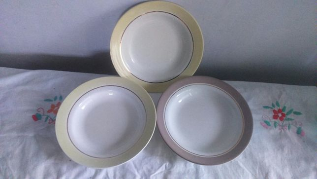 Продам фаянсовые тарелки глубокие б\у, (СССР).