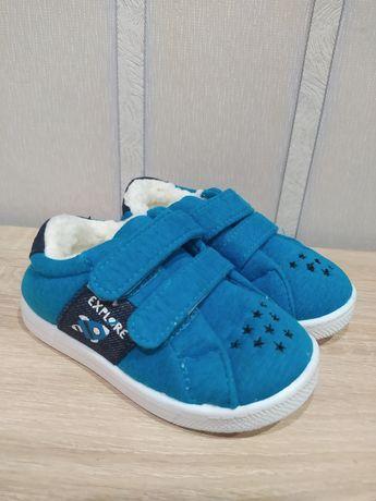 Обувь для мальчика. Тапочки в сад, на овчине. 24