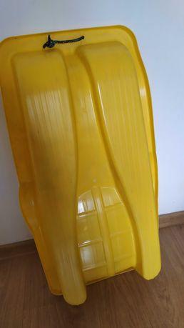 Sanki plastikowe