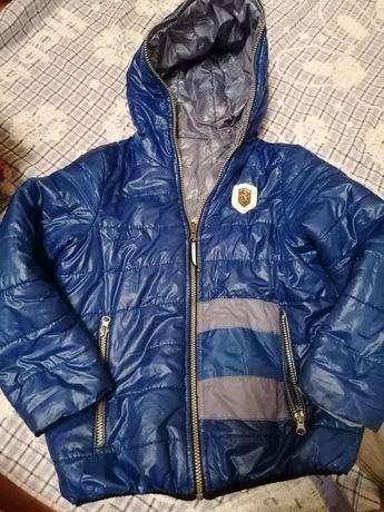 Куртка демисезонная на мальчика 7-8 лет