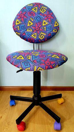 Кресло школьное компьютерное
