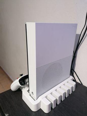 Vendo/Troco Xbox One S All Digital 1TB
