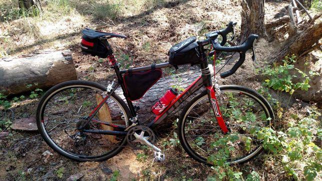 Шоссейный велосипед Cube attain sl road race 60