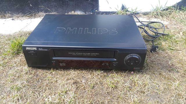 Odtwarzacz VHS kaset Philips VR 410