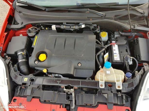 Motor Fiat Grand Punto 1.9Jtdm 130cv 199A5000 Caixa de Velocidades Automatica + Motor de Arranque  + Alternador + compressor Arcondicionado + Bomba Direção