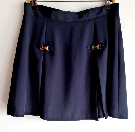 Saia Vintage azul marinho, com aplicações douradas. Tamanho L