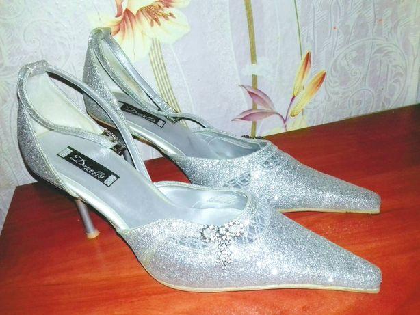 Басаножки, туфли, красивые, нарядные.