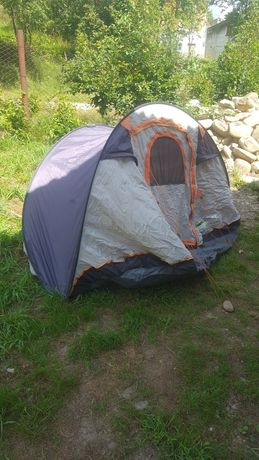 Двомісна палатка з Німеччини